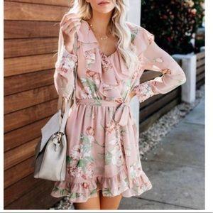 Vici   Mauve Floral Ruffled Dress Small